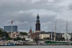 Bild_HamburgVomSchiffAus